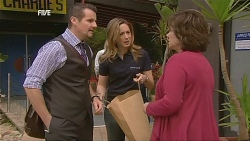 Toadie Rebecchi, Sonya Mitchell, Lyn Scully in Neighbours Episode 6064