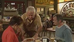 Susan Kennedy, Lou Carpenter, Karl Kennedy in Neighbours Episode 6064