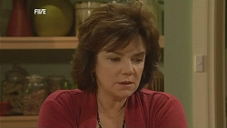 Lyn Scully in Neighbours Episode 6064