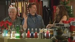 Lou Carpenter, Lucas Fitzgerald, Jade Mitchell in Neighbours Episode 6066