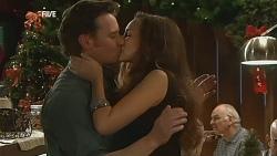 Lucas Fitzgerald, Jade Mitchell in Neighbours Episode 6066