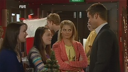 Kate Ramsay, Sophie Ramsay, Donna Freedman, Mark Brennan in Neighbours Episode 6067