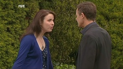Kate Ramsay, Paul Robinson in Neighbours Episode 6067
