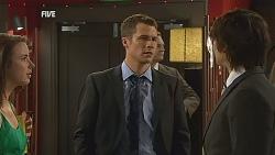 Kate Ramsay, Mark Brennan, Declan Napier in Neighbours Episode 6068