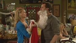 Donna Freedman, Lucas Fitzgerald in Neighbours Episode 6068
