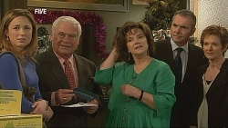 Sonya Mitchell, Lou Carpenter, Lyn Scully, Karl Kennedy, Susan Kennedy in Neighbours Episode 6070