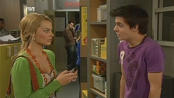 Donna Freedman, Zeke Kinski in Neighbours Episode 6072