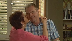 Susan Kennedy, Karl Kennedy in Neighbours Episode 6072