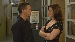 Paul Robinson, Rebecca Napier in Neighbours Episode 6074