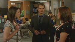 Kate Ramsay, Mark Brennan, Rebecca Napier in Neighbours Episode 6074