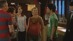 Karl Kennedy, Susan Kennedy, Kate Ramsay, Donna Freedman, Zeke Kinski, Declan Napier in Neighbours Episode 6075