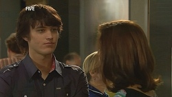 Declan Napier, Rebecca Napier in Neighbours Episode 6075