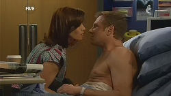 Rebecca Napier, Michael Williams in Neighbours Episode 6075