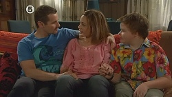 Toadie Rebecchi, Sonya Mitchell, Callum Jones in Neighbours Episode 6076