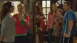 Jade Mitchell, Donna Freedman, Sonya Mitchell, Callum Jones, Toadie Rebecchi in Neighbours Episode 6076
