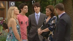 Donna Freedman, Zeke Kinski, Declan Napier, Rebecca Napier, Paul Robinson in Neighbours Episode 6076