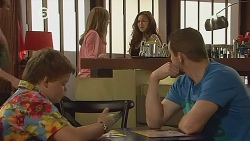 Callum Jones, Sonya Mitchell, Jade Mitchell, Toadie Rebecchi in Neighbours Episode 6076