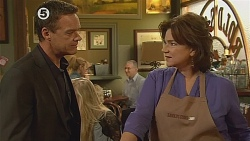 Paul Robinson, Lyn Scully in Neighbours Episode 6077