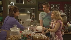Lyn Scully, Michael Williams, Natasha Williams in Neighbours Episode 6077