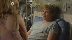 Natasha Williams, Andrew Robinson in Neighbours Episode 6078