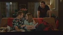 Toadie Rebecchi, Sonya Mitchell, Lucas Fitzgerald in Neighbours Episode 6080