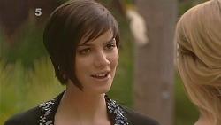 Lindsay Stace, Donna Freedman in Neighbours Episode 6080