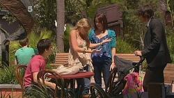 Zeke Kinski, Donna Freedman, Kate Ramsay, Declan Napier in Neighbours Episode 6081