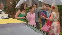 Karl Kennedy, Kate Ramsay, Susan Kennedy, Declan Napier, Paul Robinson, Zeke Kinski, Donna Freedman in Neighbours Episode 6083