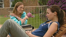 Sonya Mitchell, Jade Mitchell in Neighbours Episode 6084