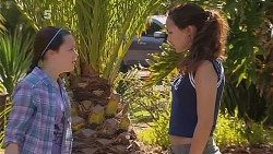 Sophie Ramsay, Jade Mitchell in Neighbours Episode 6084