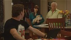 Lucas Fitzgerald, Summer Hoyland, Lou Carpenter in Neighbours Episode 6085