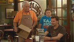 Lou Carpenter, Callum Jones, Lucas Fitzgerald in Neighbours Episode 6085