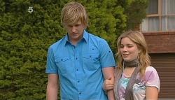 Andrew Robinson, Natasha Williams in Neighbours Episode 6085
