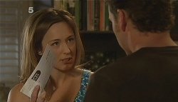 Sonya Mitchell, Lucas Fitzgerald in Neighbours Episode 6085