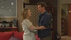 Sonya Mitchell, Lucas Fitzgerald in Neighbours Episode 6086