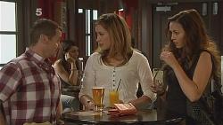 Toadie Rebecchi, Sonya Mitchell, Jade Mitchell in Neighbours Episode 6087