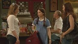 Sonya Mitchell, Sophie Ramsay, Jade Mitchell in Neighbours Episode 6087