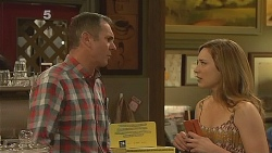 Karl Kennedy, Sonya Mitchell in Neighbours Episode 6088