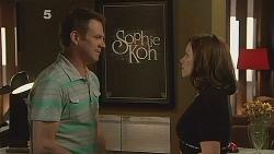 Michael Williams, Rebecca Napier in Neighbours Episode 6088