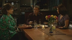 Lyn Scully, Paul Robinson, Rebecca Napier in Neighbours Episode 6089