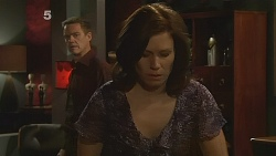 Paul Robinson, Rebecca Napier in Neighbours Episode 6089
