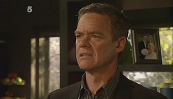 Paul Robinson in Neighbours Episode 6090