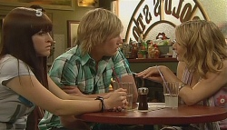Summer Hoyland, Andrew Robinson, Natasha Williams in Neighbours Episode 6090