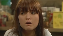 Summer Hoyland in Neighbours Episode 6090