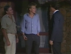 Jack Lassiter, Scott Robinson, Paul Robinson in Neighbours Episode 0266