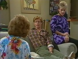 Madge Mitchell, Clive Gibbons, Daphne Lawrence in Neighbours Episode 0266