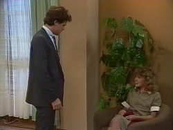 Paul Robinson, Charlene Mitchell in Neighbours Episode 0266