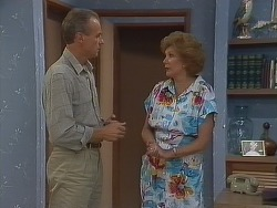 Jim Robinson, Madge Mitchell in Neighbours Episode 0266