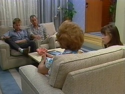 Scott Robinson, Jim Robinson, Madge Mitchell, Nikki Dennison in Neighbours Episode 0266