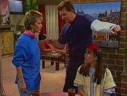 Daphne Clarke, Des Clarke, Zoe Davis in Neighbours Episode 0294